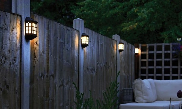 5 Top Outdoor Solar Powered Fence Lights Brightening Your Home